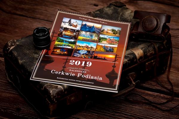 oryginalny kalendarz, kalendarz z cerkwiami, kalendarz prawosławny