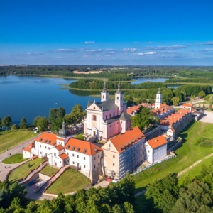 Klasztor pokamedulski w Wigrach z lotu ptaka, Maciej Nowakowski
