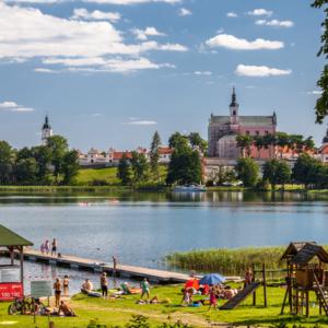 Klasztor Kamedułów w Wigrach nad jeziorem Wigry, odpoczynek nad Wigrami, Maciej Nowakowski