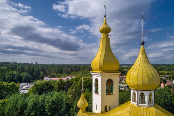 Czarna Białostocka Cerkiew Św. Niewiast Niosących Wonności, orthodox church from the air, Maciej Nowakowski