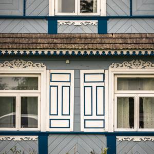 Architektura Podlasia, podlaskie chaty w Teremiskach w Puszczy Białowieskiej, Maciej Nowakowski